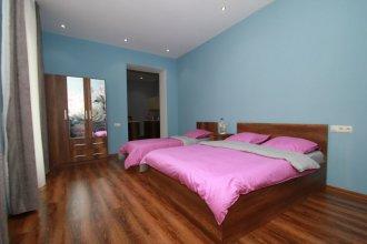 Rose Apartment in Tbilisi
