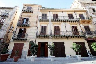 Casa Nostra Luxury Suites