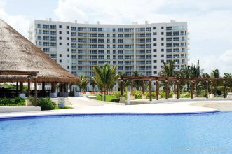 Amara Cancun Beachfront Condos