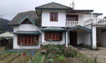 Selis Manor Holiday Home