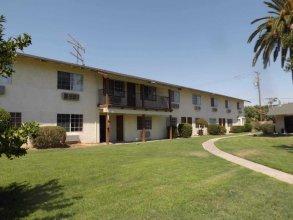 99 Palms Inn & Suites