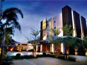 The Bangkok Cha Cha Suite