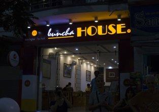 Buncha House