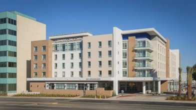 Hampton Inn & Suites LAX El Segundo, CA
