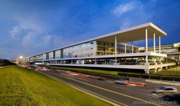 Sheraton Milan Malpensa Airport Hotel & Conference Center