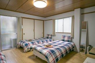 Tenjin apartment 202