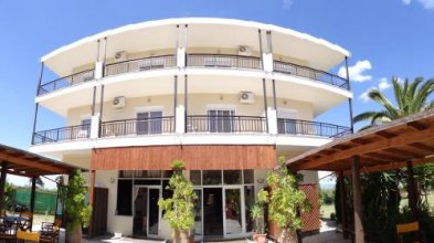 Kopsis Beach Hotel