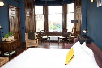 Spacious 1 Bedroom Traditional Edinburgh Home
