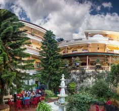 SapaAubergeDangtrung Hotel