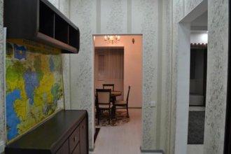 Trillioner Apartment on Moldagulovoi 64