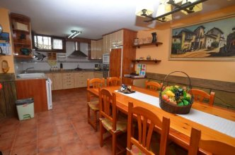 House - 4 Bedrooms - 107743
