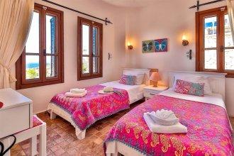 Villa Nefis by Akdenizvillam