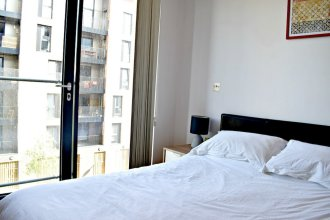 Modern 2 Bedroom Apartment Next To Olympic Park