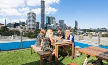 Summer House Brisbane - Hostel