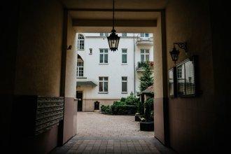 Green Wood Apartment Stara Ochota, 6th floor - no lift