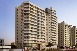 Ramada Beach Hotel Ajman (ex. Landmark Suites Ajman)