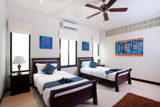 Villa Kaimook Andaman 6 Bed Picturesque Valley Location