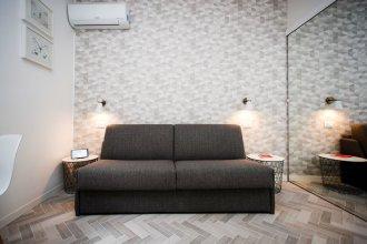 M (Ml22-1B) 1 Room 4 Pax