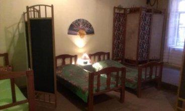 Hostel 48a