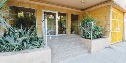 Jaffa's Penthouse Hostel