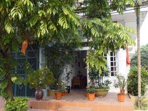 Green Papaya Home Stay