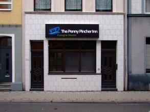 Penny Pincher Inn - Cologne Hostel