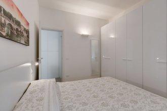 Trastevere White Apartment