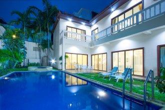 Avoca Pool Villas