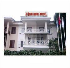 Отель Robin Hood
