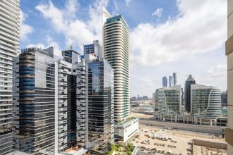 Rich & Vibrant 2BR With Study in Downtown Dubai