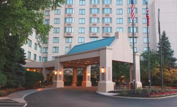 Sheraton Suites Columbus Worthington