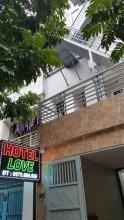 OYO 756 Love Hotel