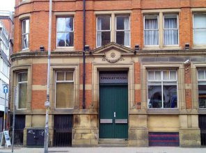 Characterful 2 Bedroom Apartment in Manchester