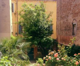3749 Ponte Chiodo Guest House