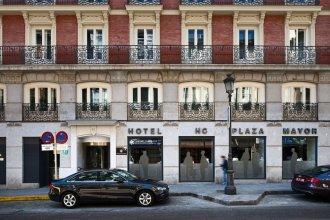 Отель Catalonia Plaza Mayor