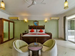 OYO 806 Hotel Safira River Front
