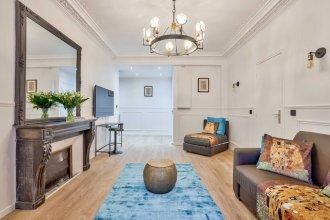 106  Urban Luxury Opera Gustav Klimt