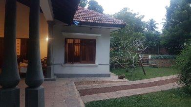 Siriniwasa Villa Induruwa