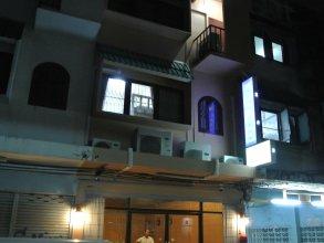 First Inn Bangkok - Hostel