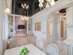 Flatsis Apartment Kuznechnaya 32