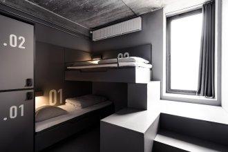 BOOK 1 Design Hostel