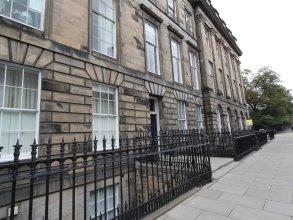 Escape To Edinburgh @ Albyn Place