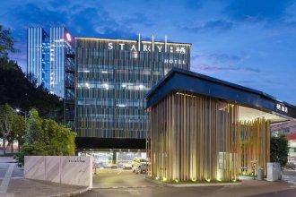 Starry Hotel