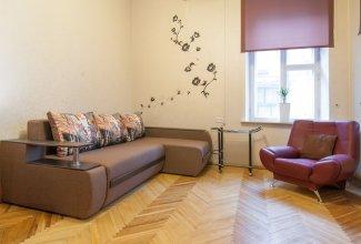 Апартаменты Home-Hotel, ул. Михайловская, 24Б
