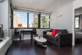 Roomspace Plaza Castilla Apartments