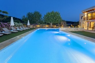 Luxury Villa in San Rafael Sleeps 12 - Can Bernadet