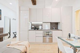 Due Torri Elegant Mini House