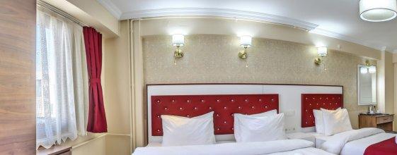 Отель Cihangir Palace