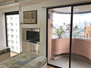 Destination Hotel at Sunette Tower