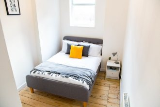 Spacious Two Bed in Hackney